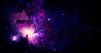 Titane Energiepyramiden bringen kosmisches Wissen