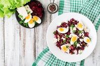Salades : chèvre chaud, gésiers, niçoise, pizzaiolo...