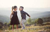 Děti mohou jen žít, dospělí musí zápasit. ( LN Tolstoj)