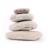 Stein auf Stein, eines nach dem anderen